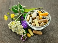 Continuing confusion over herbal supplement contents points to need for premarket notification, expert asserts