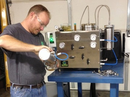 Desktop Co2 System Said To Make Supercritical Extraction